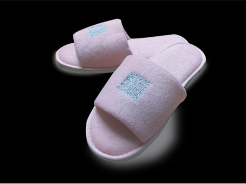 Slippers with logo Slipper-Logo-2